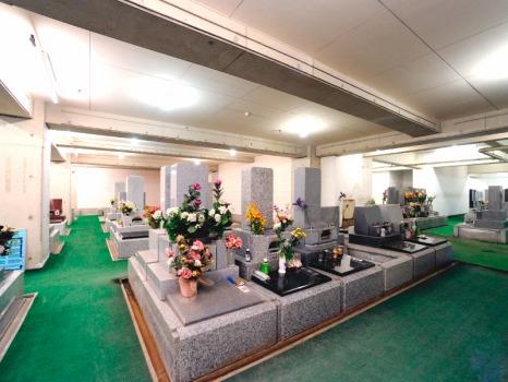 烏山墓苑の画像