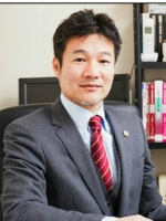 岡田弁護士