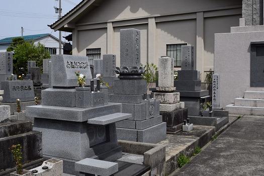 常楽寺(梅沢町)墓地_0