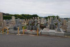穴虫二上共同墓地の画像1