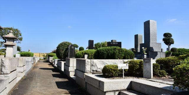 墓地と霊園のイメージ1