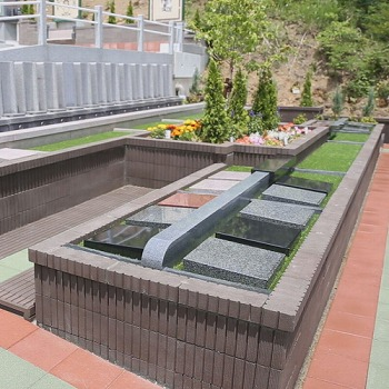 ガーデン型樹木葬・青葉めぐみの墓苑